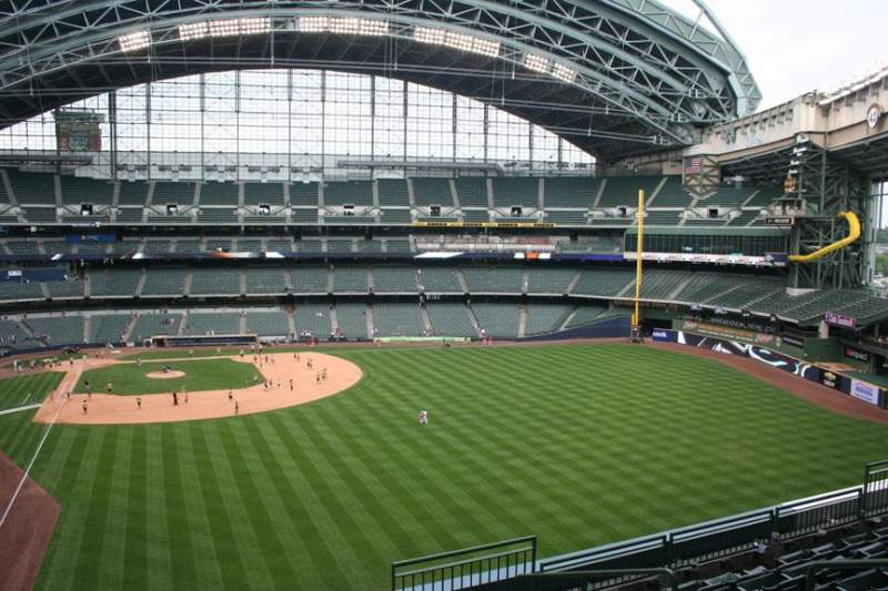 Seating view for Miller Park Section 304 Row 7 Seat 6
