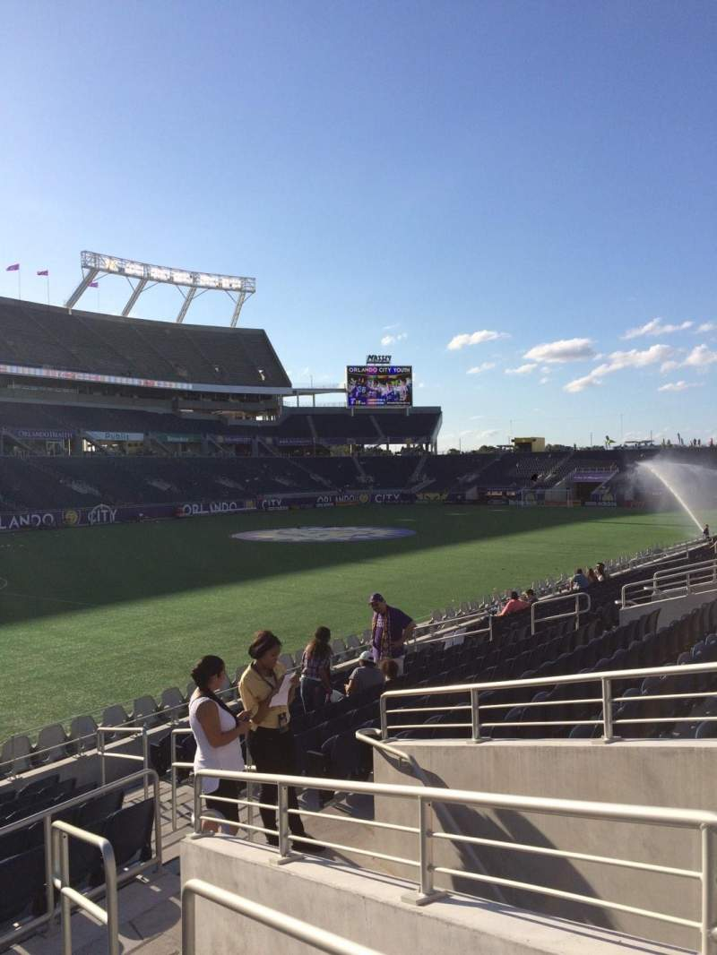 Camping World Stadium, section: 115, row: Q, seat: 11