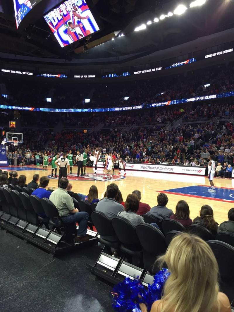 The Palace of Auburn Hills, section: 125, row: 1, seat: 3