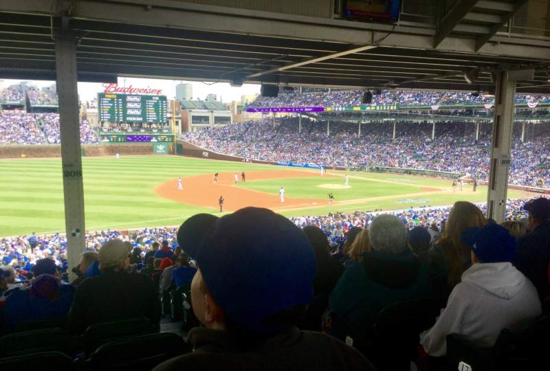 Seating view for Wrigley Field Section 208 Row 19 Seat 102
