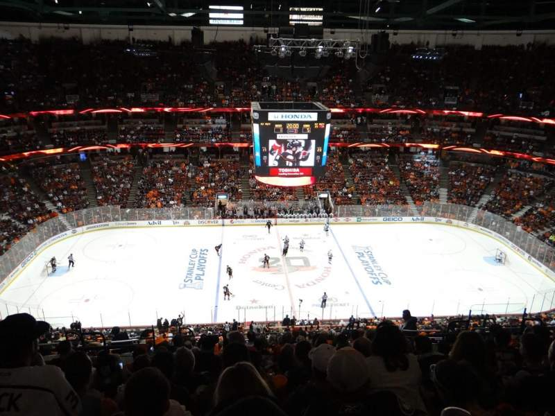 Honda Center, section: 434, row: R, seat: 11