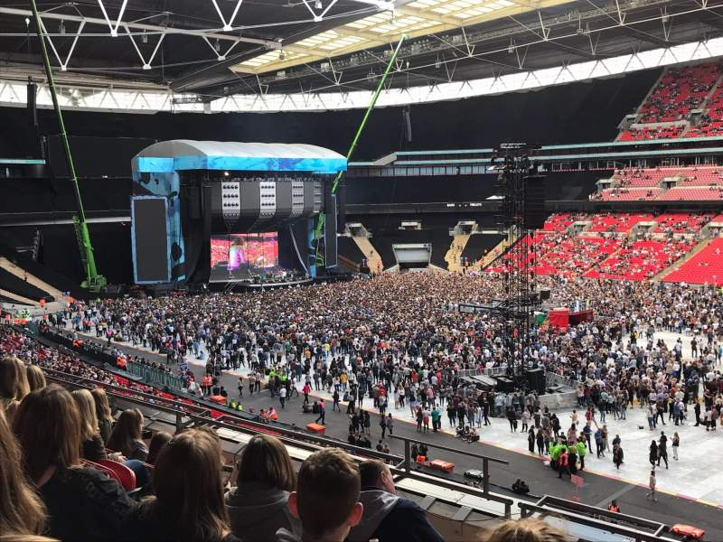 wembley stadium section 223 row 7 ed sheeran tour. Black Bedroom Furniture Sets. Home Design Ideas