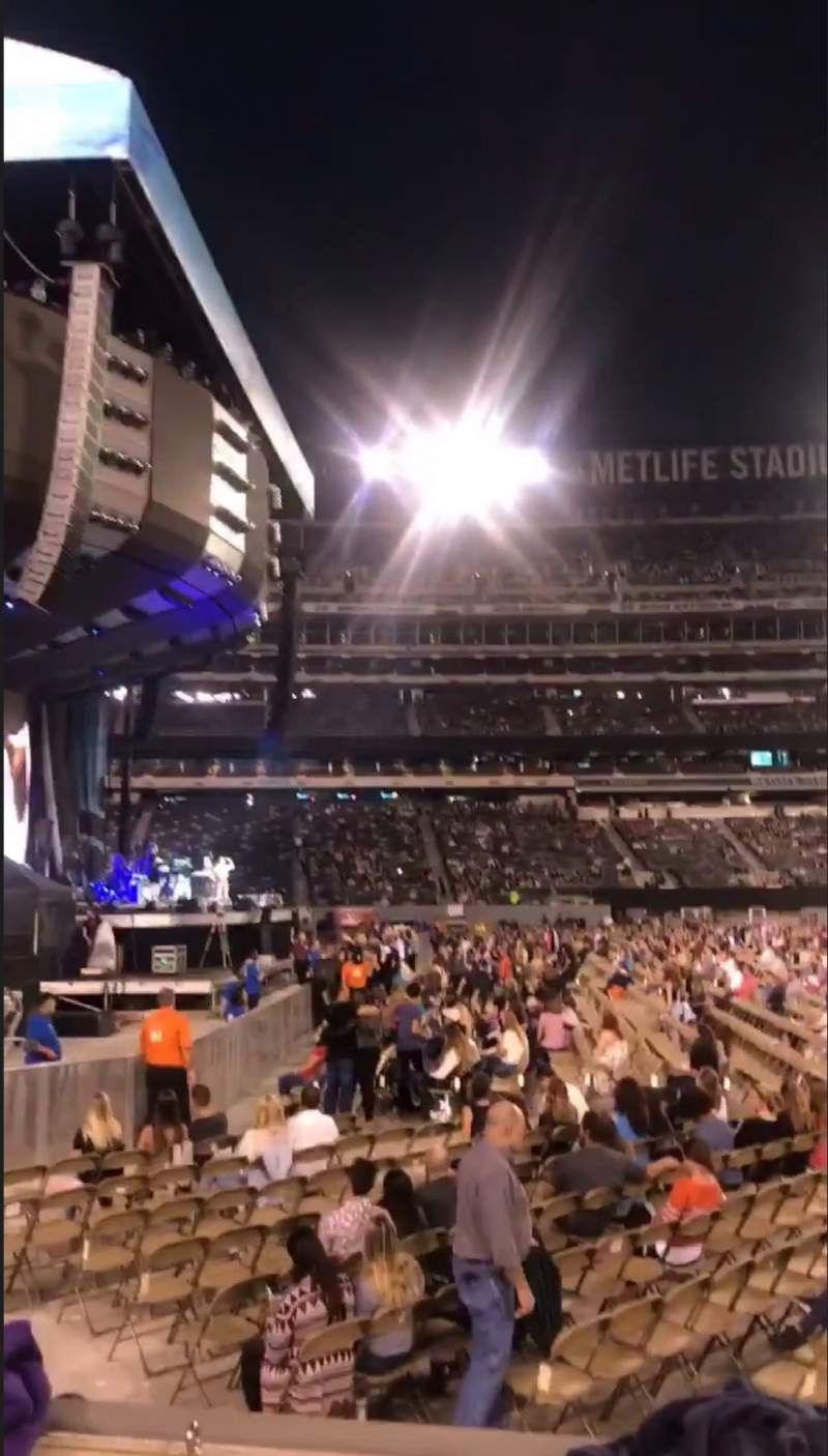 Seating view for MetLife Stadium Section 142 Row 2 Seat 9-10