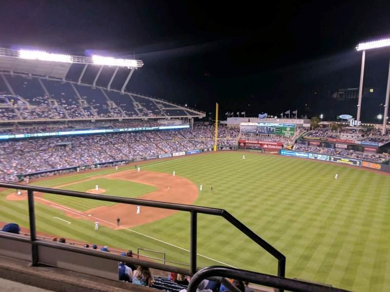 Kauffman Stadium, section: 437, row: m, seat: 1