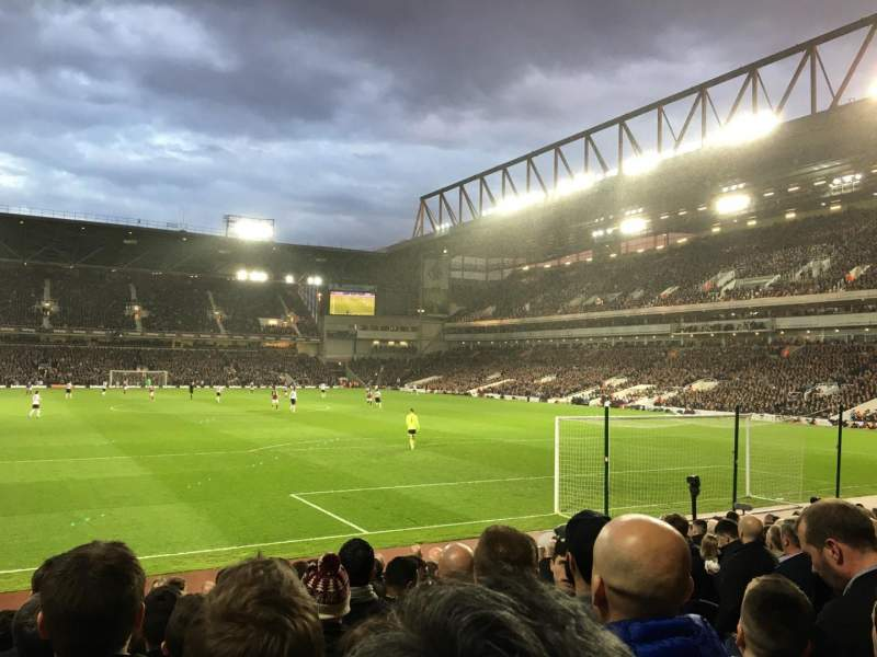 Boleyn Ground, section: STBL3, row: R, seat: 68