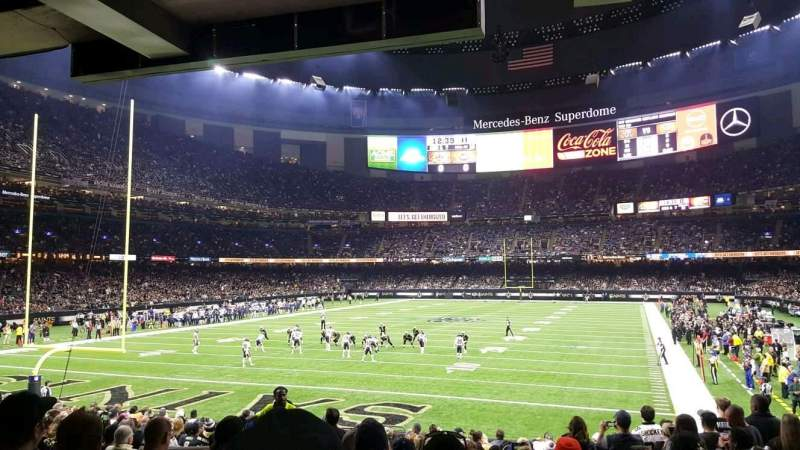 Mercedes benz superdome section 154 row 17 seat 10 for Hotels by mercedes benz superdome