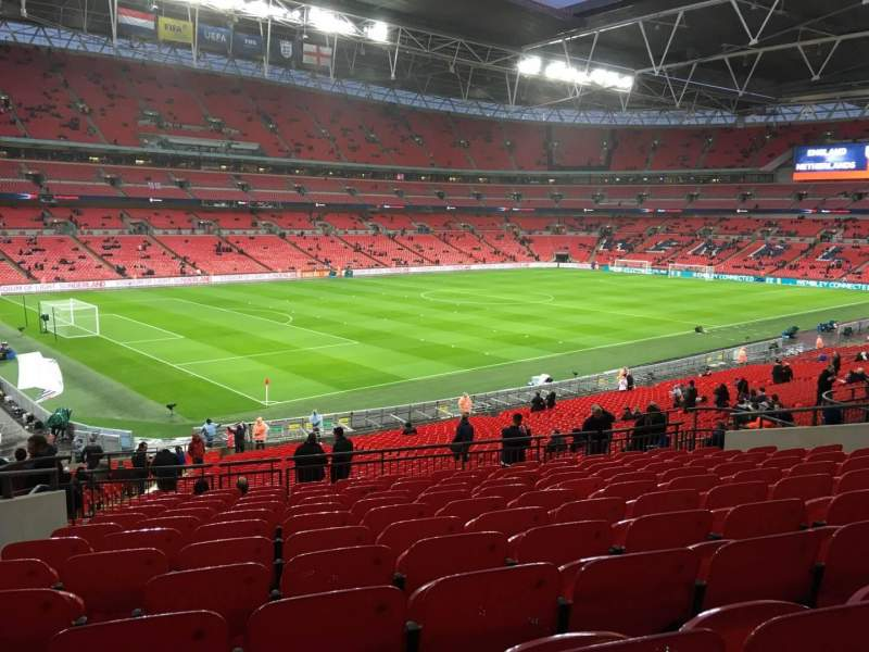 Wembley Stadium, section: 106, row: 42, seat: 100