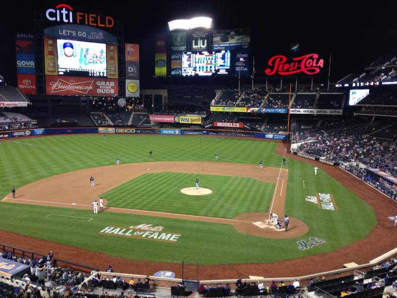 Photos of the new york mets at citi field page 29 citi field section 323 row 1 seat 6 altavistaventures Image collections