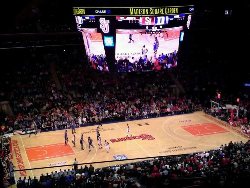 Madison Square Garden: Madison Square Garden, Section 209, Row 14, Seat 22