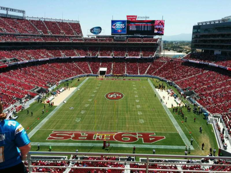 Levi's Stadium, section: 303, row: 3, seat: 4