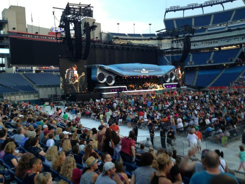 Gillette Stadium, section: 109, row: 10, seat: 21