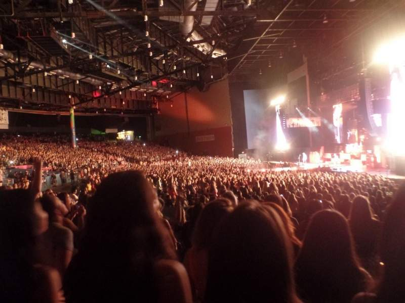Angel of the Winds Arena, section: 400, row: Kk, seat: 430