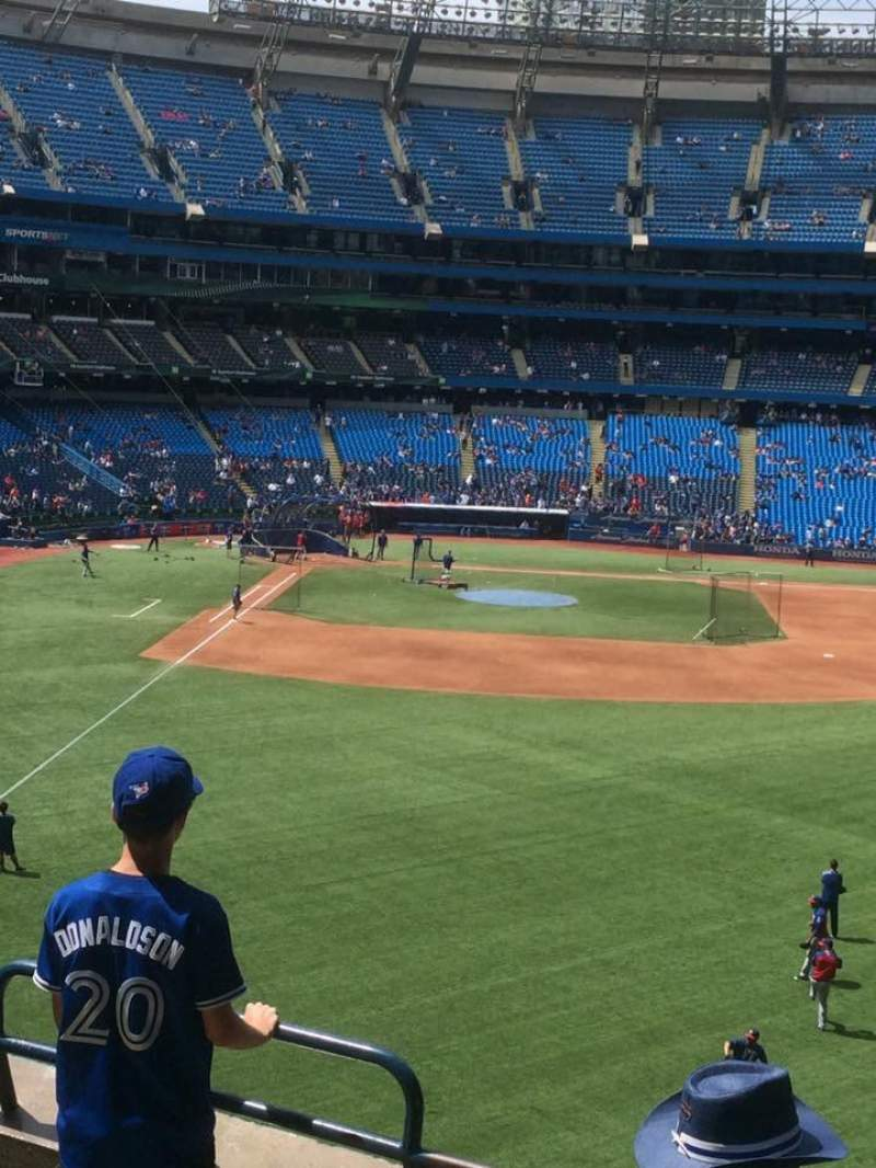 Seating view for Rogers Centre Section 208R Row 5 Seat 5