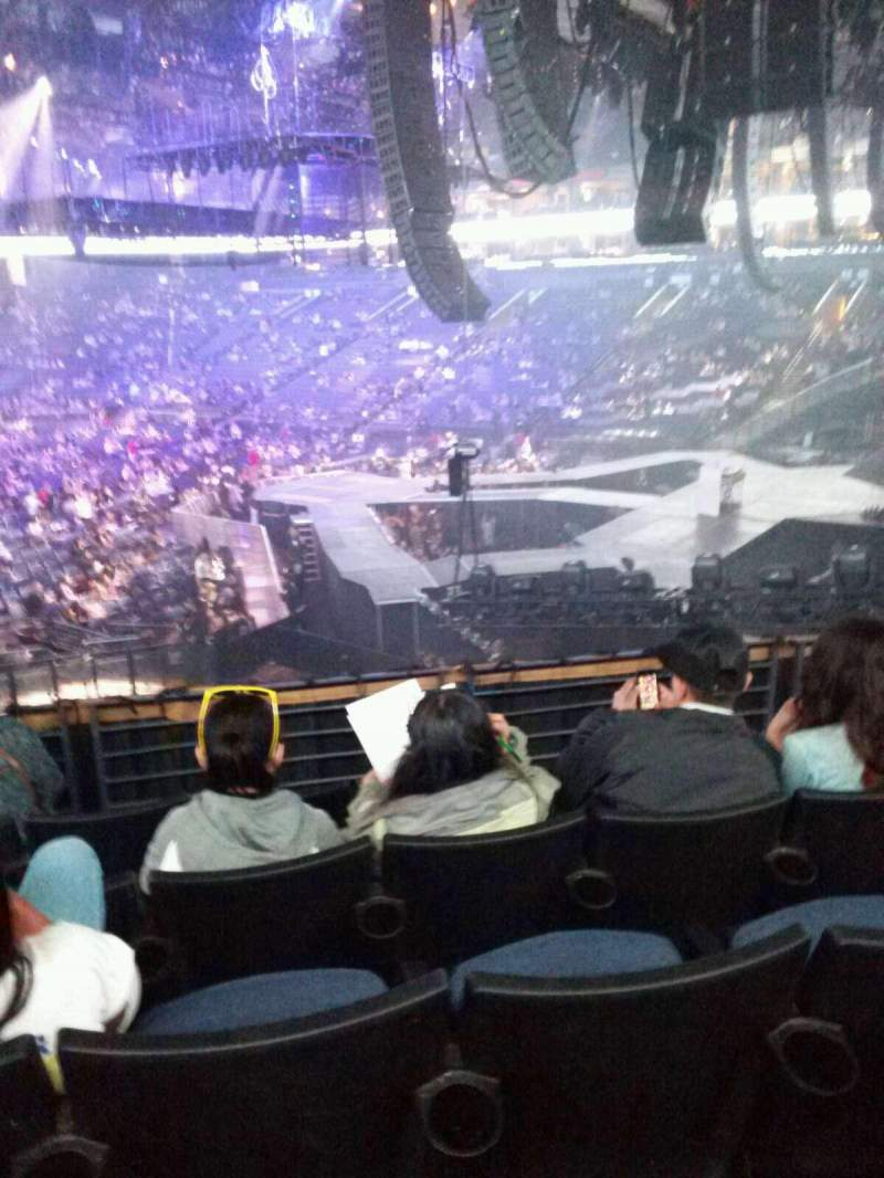 Seating view for Oracle Arena Section 124 Row 21 Seat 17