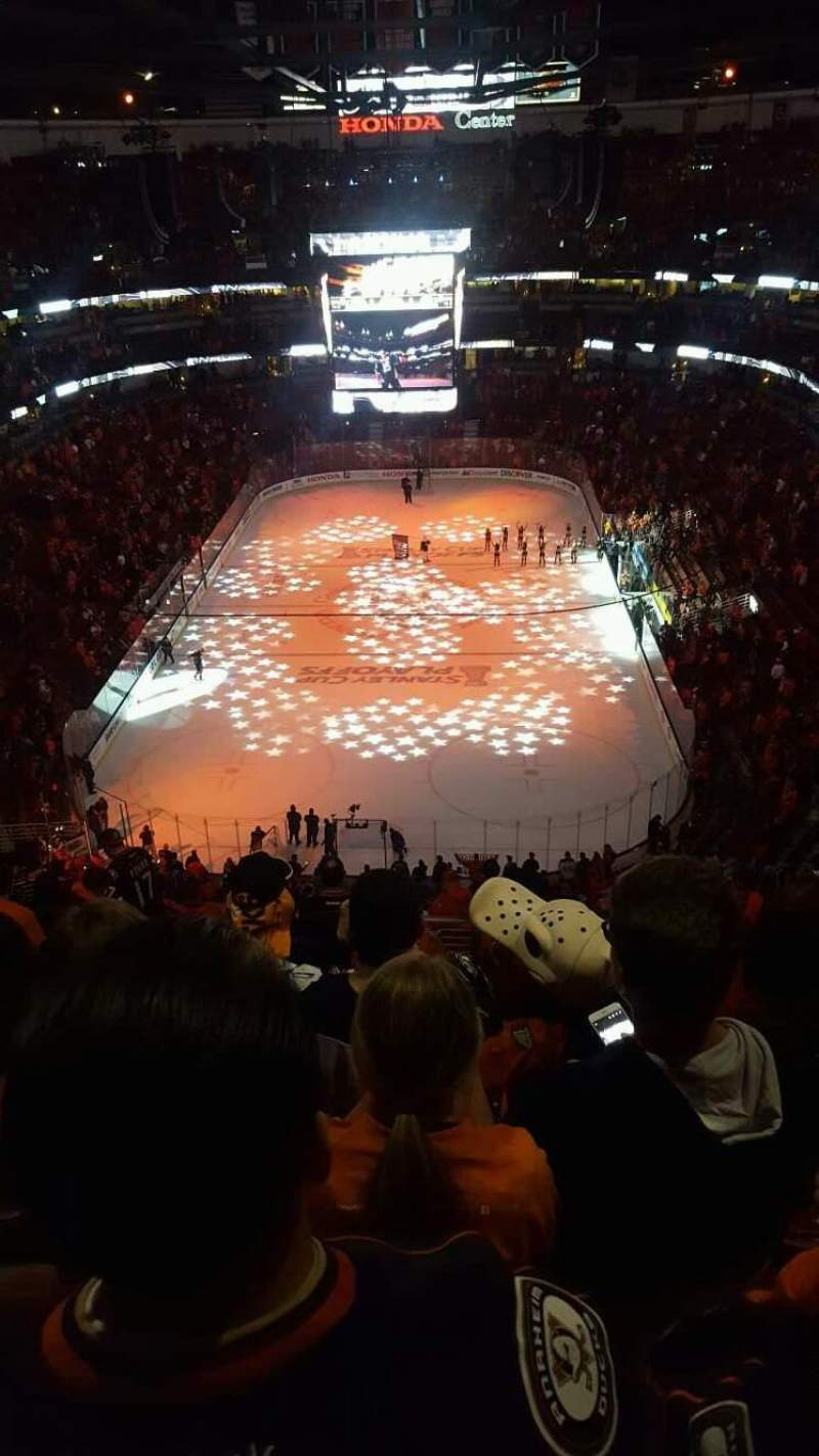 Honda Center, section: 422, row: P, seat: 15