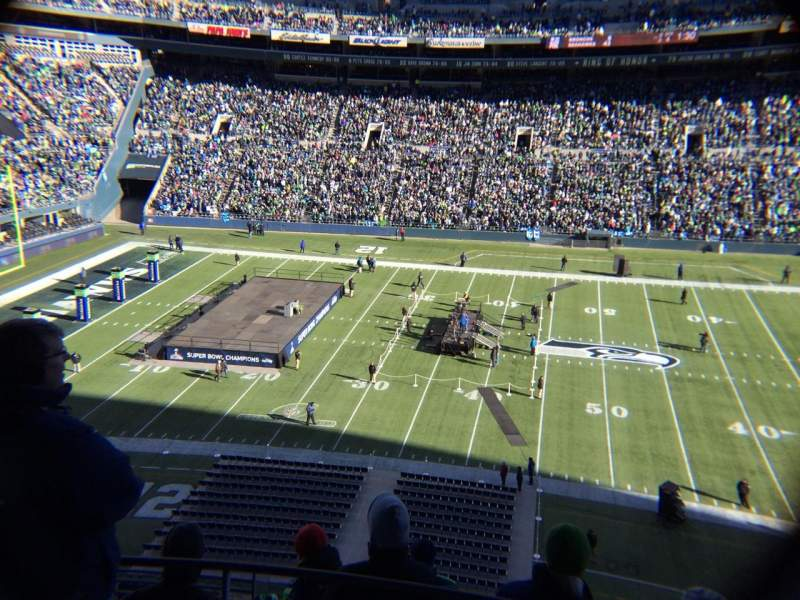 Seating view for Centurylink Field Section 335 Row F Seat 5